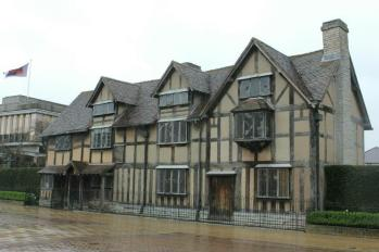 06 Shakespeare's Birthplace