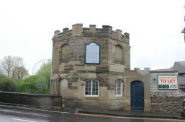 23 Clompton Bridge Toll Gate
