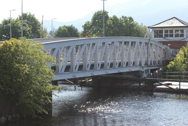 53 train bridge at Neptune's Staircase