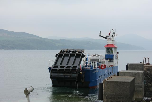 01 ferry to Jura