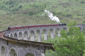 22 steam train returning from Malliag