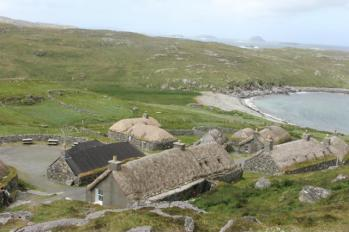 10 overlooking Gearrannan Village