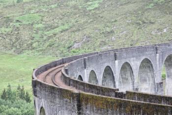 20 train line over viaduct