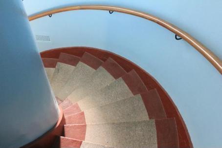 42 steps of lighthouse