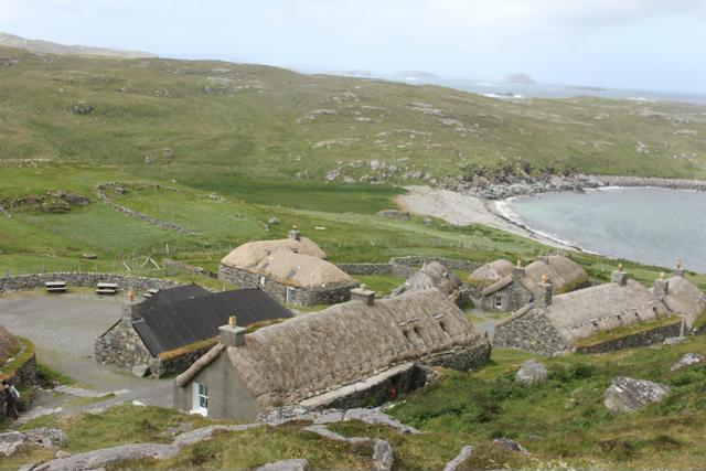 01 Gearrannan Blackhouse Village