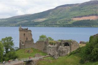06 Urquhart Castle