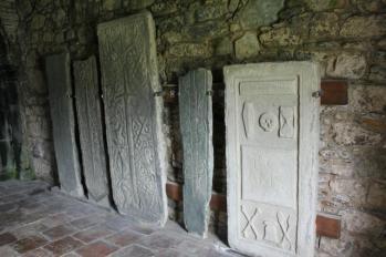 07 grave slabs