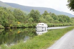 04 boat on Loch