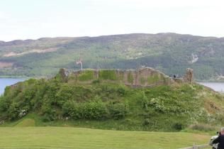 08 castle walls