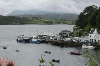 03 Portree Harbour