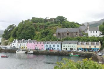 02 coloured houses along Portree Harbour