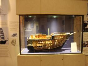 05 model of Discovery