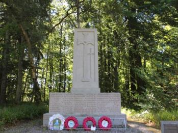 39 memorial to those who lived in area and died in the World Wars