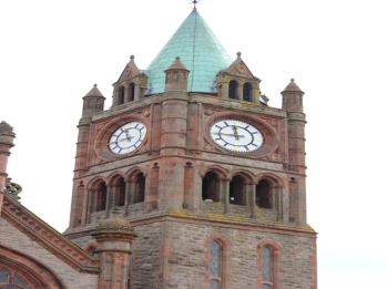 30 Guildhall clock