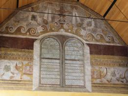 28 walls inside Royal Chapel