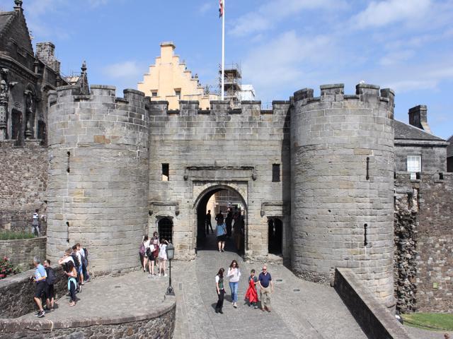 40 Stirling Castle entrance