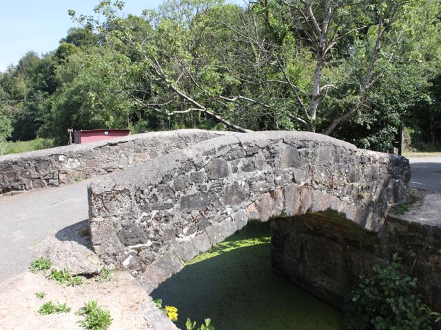 09 original stone bridge on Langan Lock