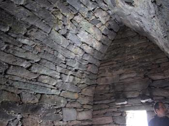 07 inside Gallarus Oratory