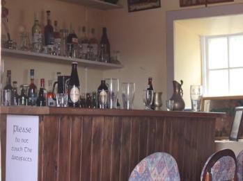 22 pub in cottage