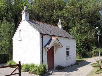 08 Lagan Lock Keeper's Cottage