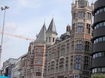 24 Antwerp