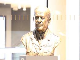28 bust of Sir John Monash