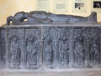 22 tomb of James Rice
