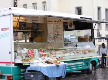 05 Thursday markets Cherbourg