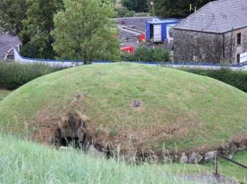46 satellite mound