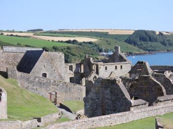 33 Charles Fort