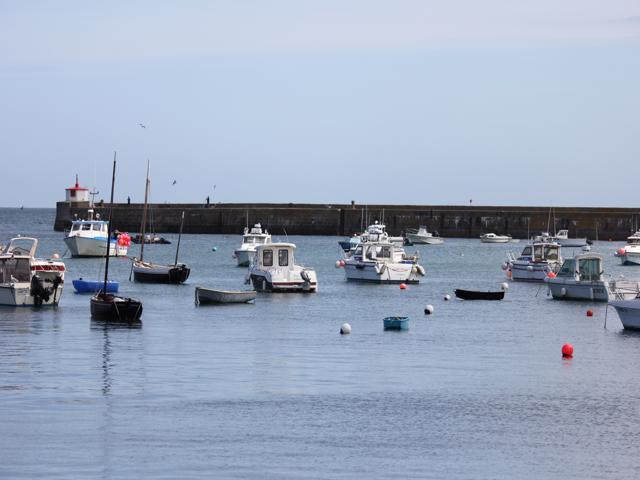 11 Barfleur Harbour