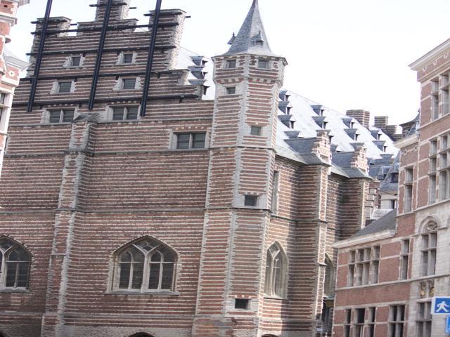 25 Antwerp