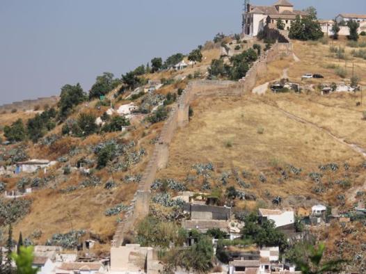 72 wall surrounding Alhambra