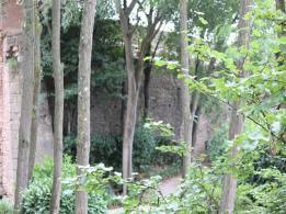 39 gardens inside walls