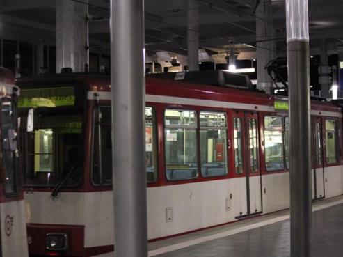 08 train into Dusseldorf
