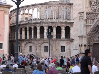 13 Valencia Square