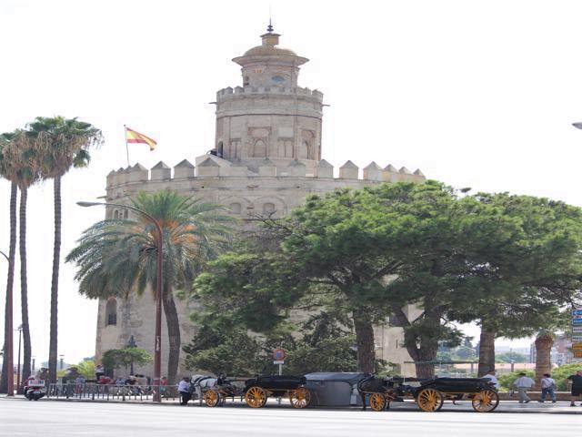 35 Torre del Oro