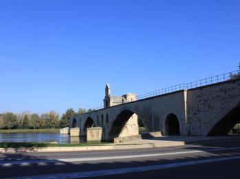 17 Avignon