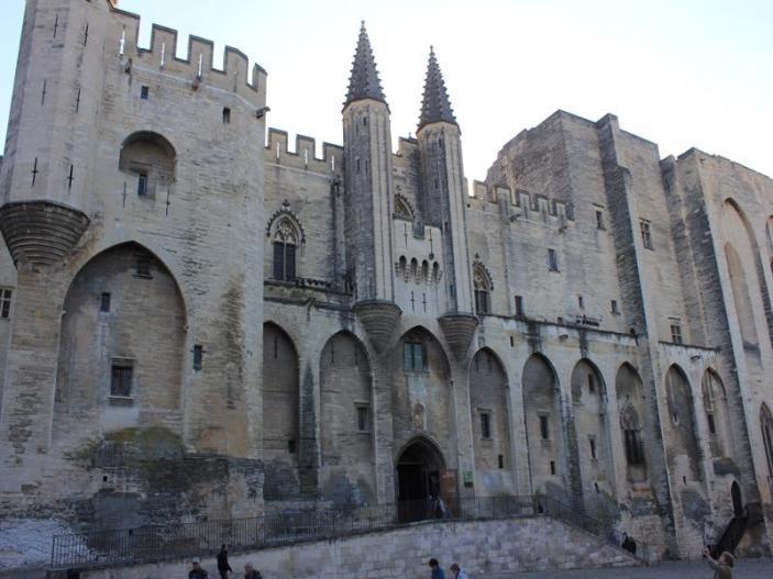 15 Avignon