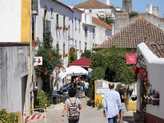 06 Obidos street within walls