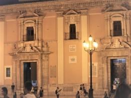14 Valencia Square by night