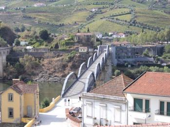 04 view from winery at Douro
