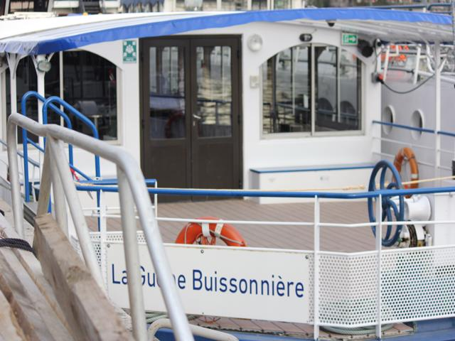 02 tour boat to Canal Saint Martin