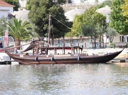 20 rabelo boat