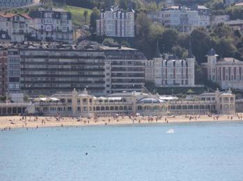 27 La Concha beach