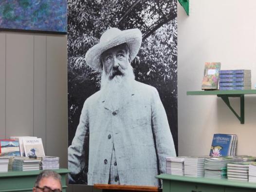 98 inside Monet's Garden shop