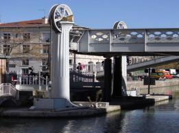 46 hydraulic lift bridge