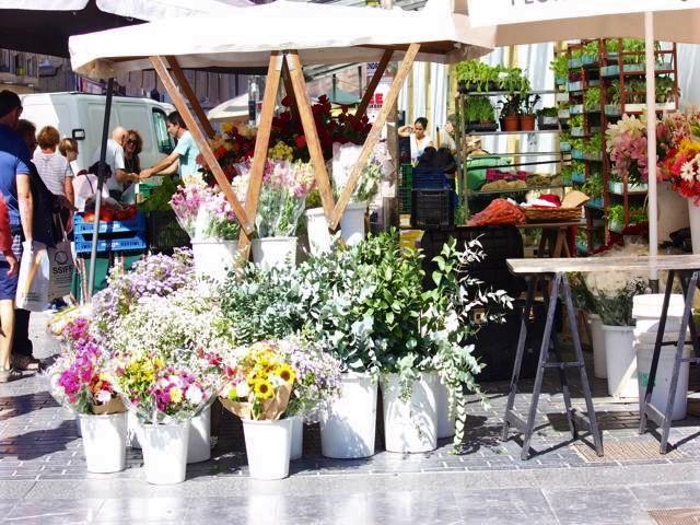 08 La Bretxa Market