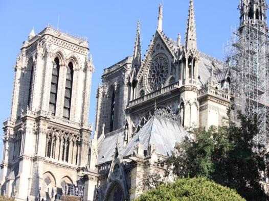 17 Cathedral Notre Dame