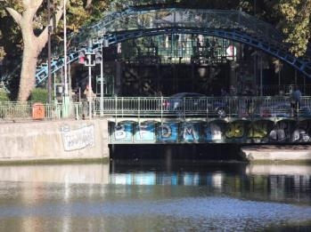 38 swing bridge on Canal